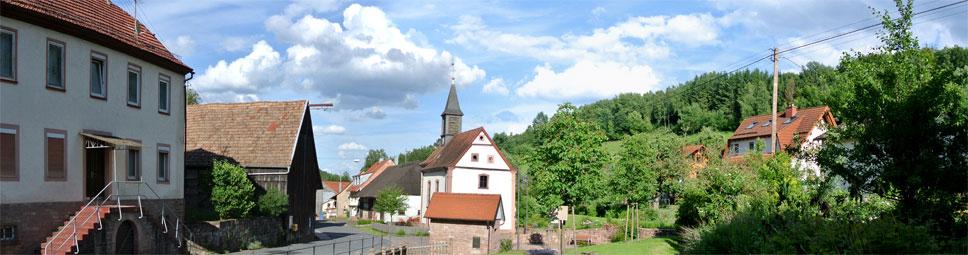 Rund um die Kirche von Wohnrod