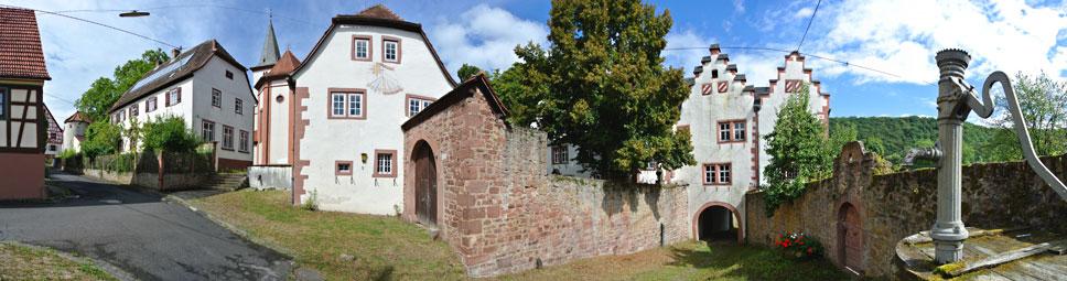 Ortsmitte um das Schloss in Wolfsmünster