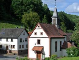 Kleine Ortskirche in Wohnrod