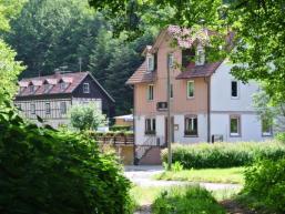 Neuhof - Weiler mitten im Wald