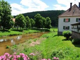 An Schondra und Saale: Urlaubsort Gräfendorf