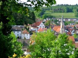 Heigenbrücken im Tal der Lohrbach