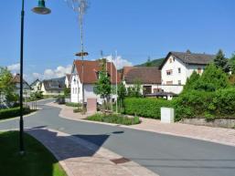 Ortsstraße in Nantenbach