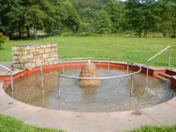 Wasser erleben auf dem Barfußpfad