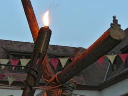Bei Fackelschein und Kerzenlicht auf Burg Rieneck