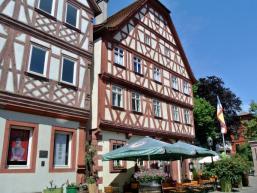 Straßenleben in Karlstadt