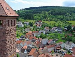 Blick vom Dicken Turm der Burg Rieneck