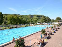 50-Meter-Becken im Freibad Karlstadt