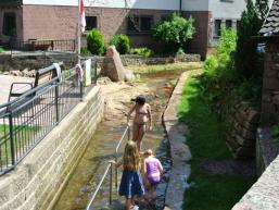 Spaß für Kinder - Wassertretanlage