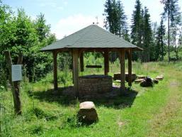 Mitten im Wald - die Ziegelhütte