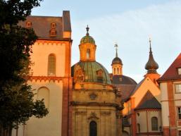 Schönbornkapelle und Neumünster