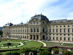 Hofgarten und Residenz