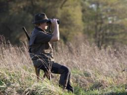 Jäger auf Ansitz