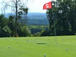 Golf: Bewegung und Sport in schöner Landschaft