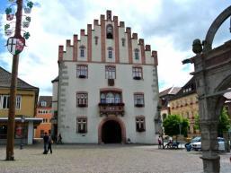 Das Rathaus von Hammelburg am Marktplatz