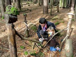 Mit Waldgeistern und Märchenfiguren spielen