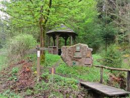 Wanderpavillion am Fließenbach