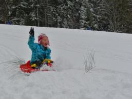 Ausflug mit Kindern in den Schnee