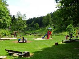 Kinderspielplatz im Tierpark Heigenbrücken