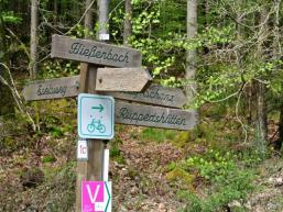 Gut markiert die Wanderwege in Rieneck