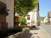 Schonderfeld Dorfmitte mit Brunnen